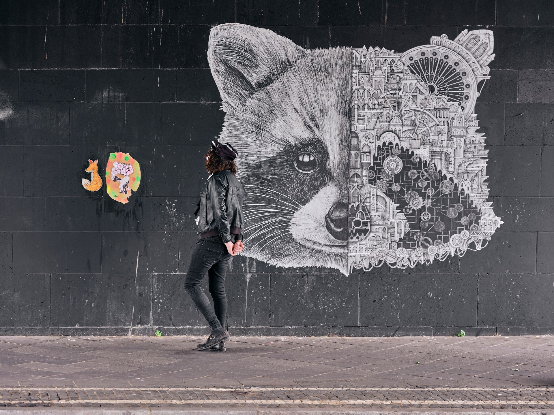 Étonnant Urban Art in Düsseldorf - experience Streetart IO-91