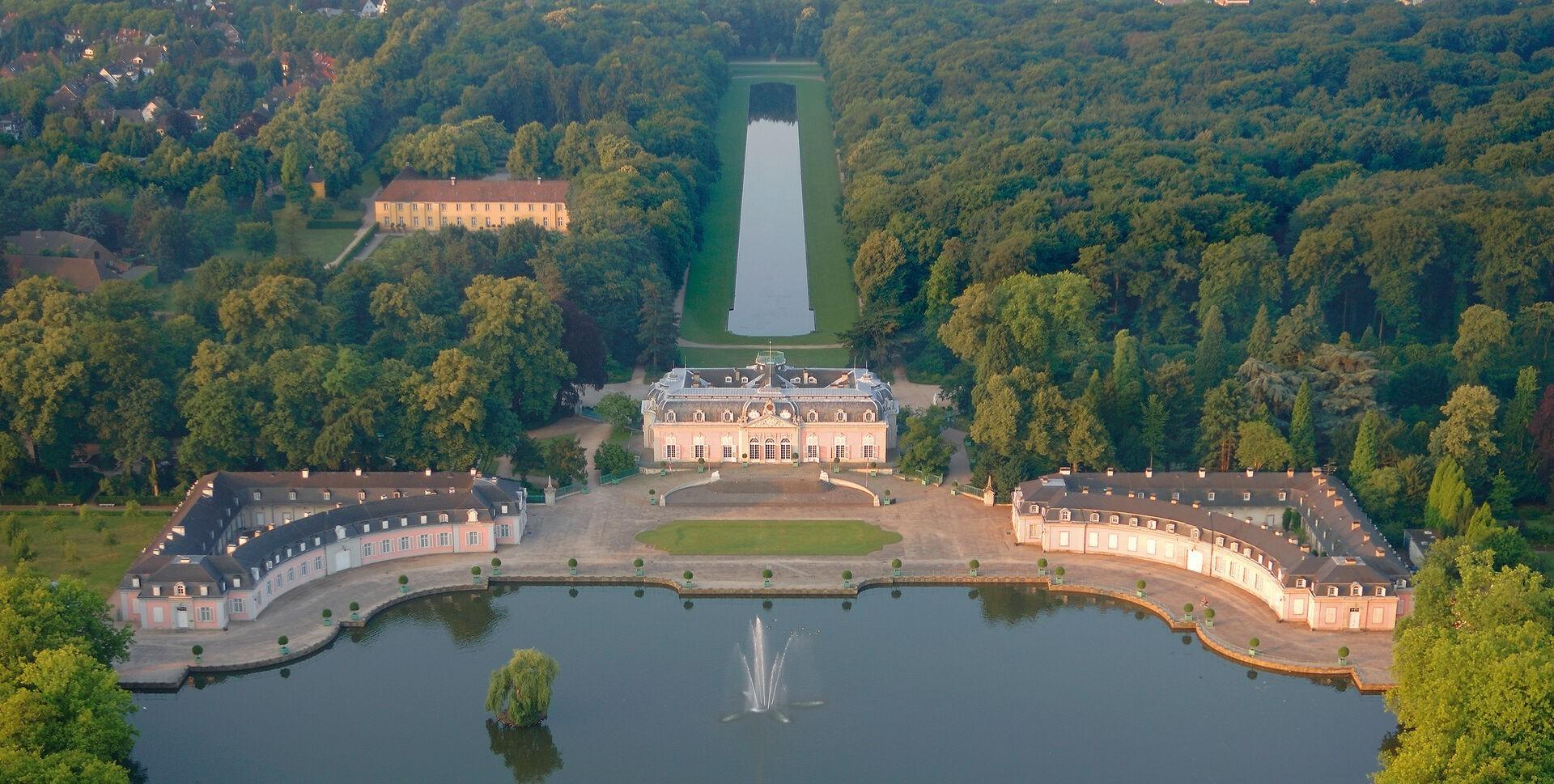 Schloss_Benrath_Luftaufnahme_3